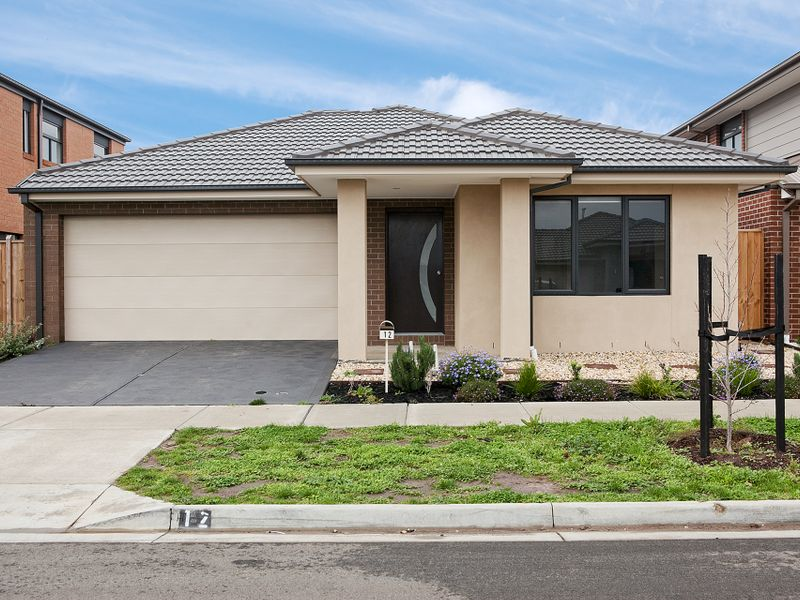 12 Romulus Crescent, Cranbourne West