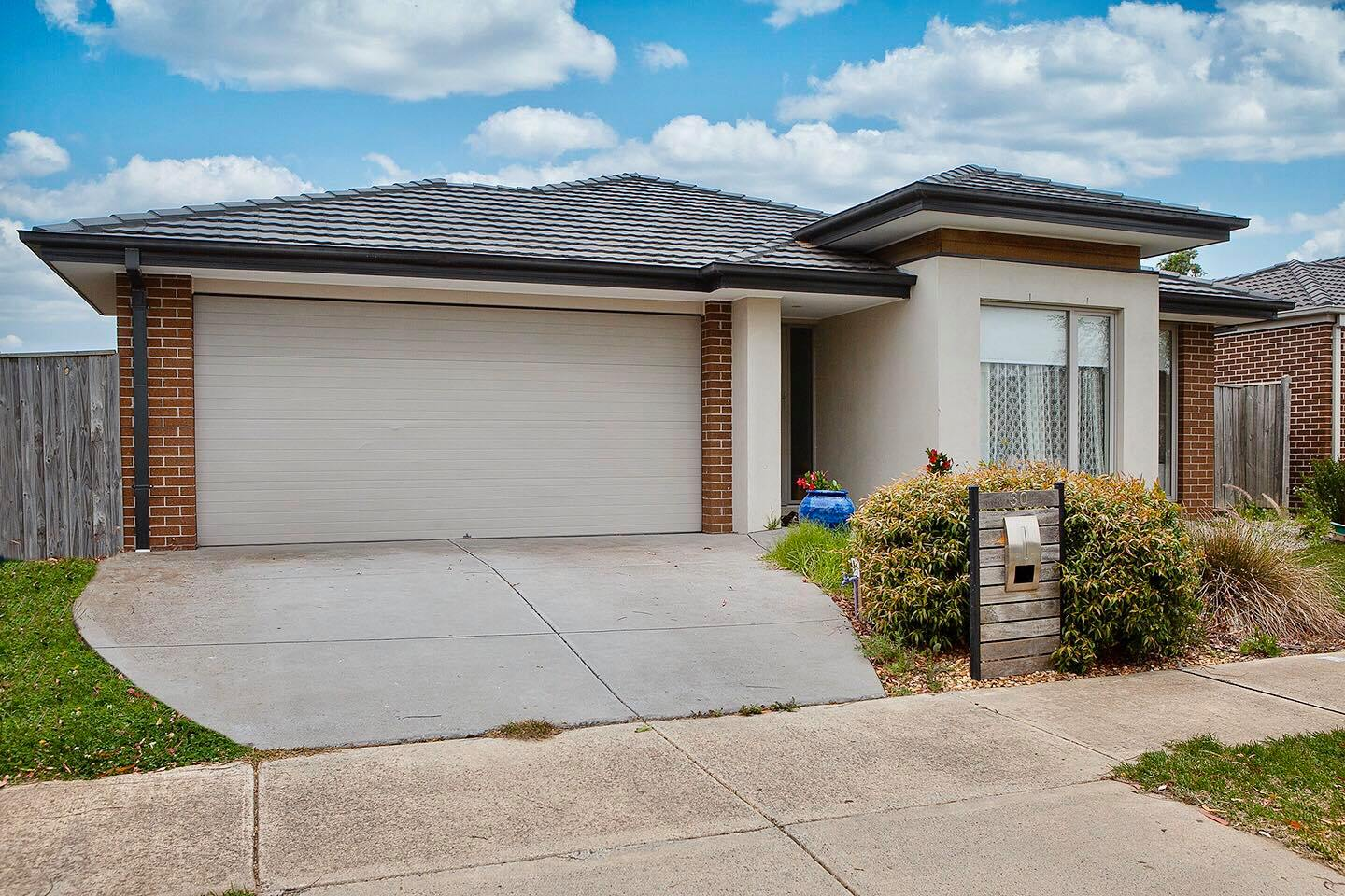 30 Glenelg Street, Clyde North VIC 3978