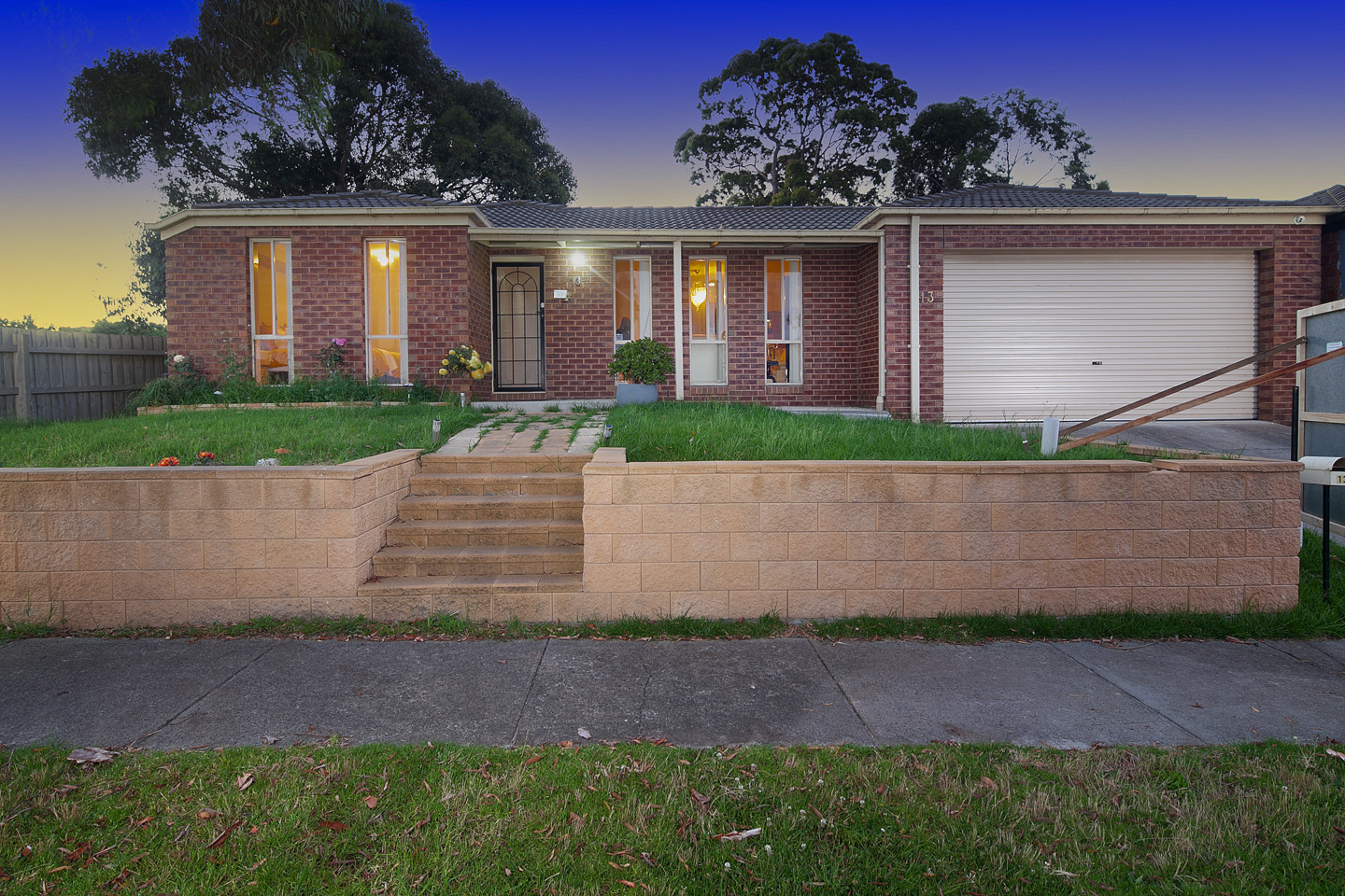 13 Domino Way Hampton Park VIC 3976