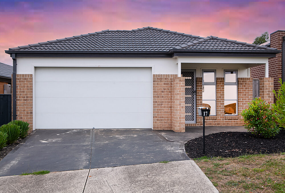 17 Cascade Way Pakenham VIC 3810