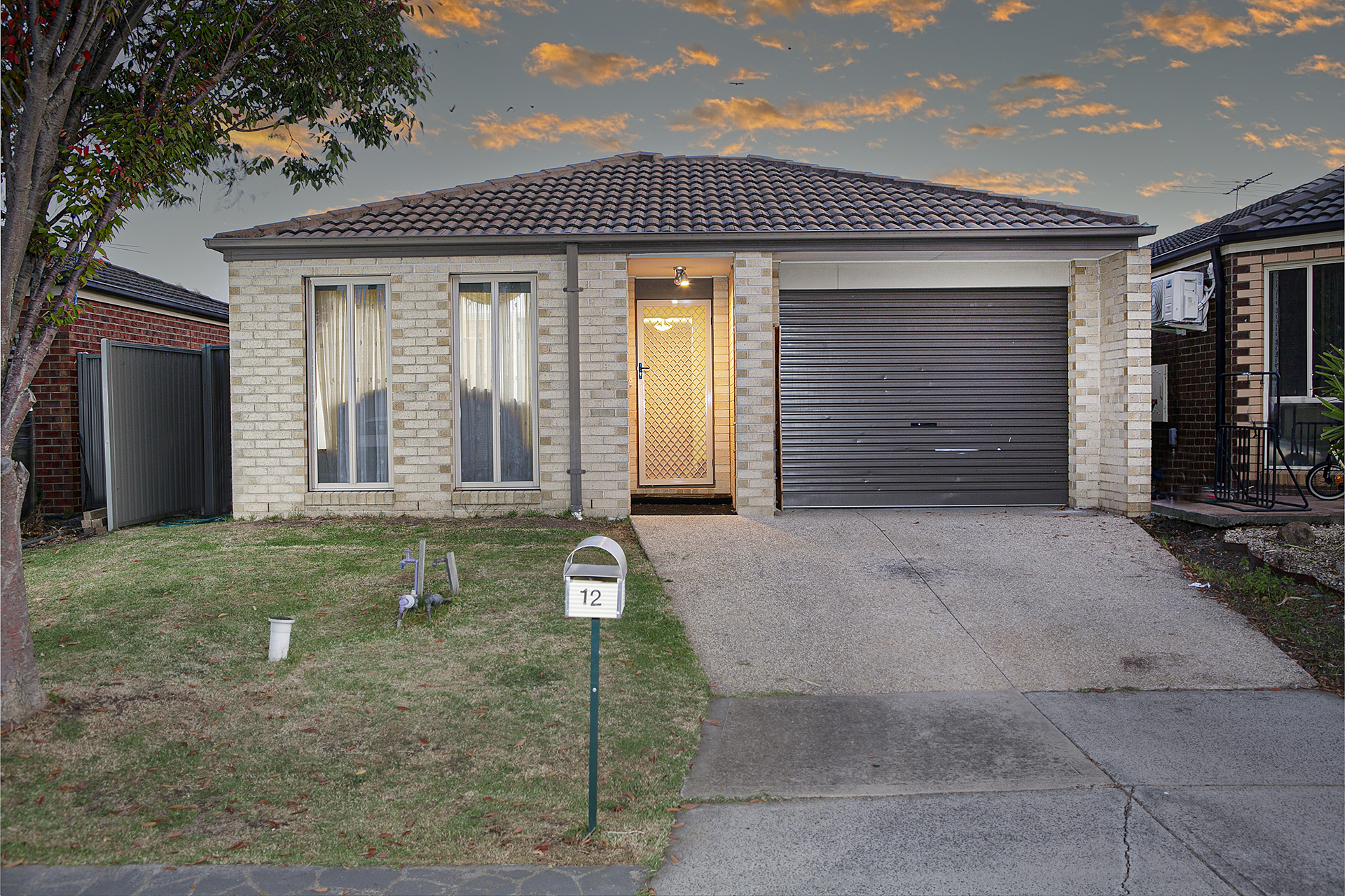 12 Greenaway Terrace, Cranbourne East, Vic 3977
